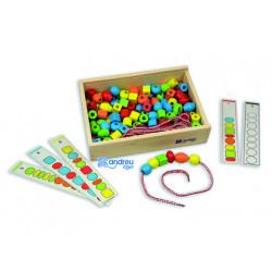 Juego andreutoys formas para ensartar + 10 cordones + 10 plantillas caja de