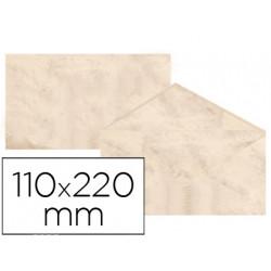 Sobre fantasia marmoleado beige 110x220 mm 90 gr paquete de 25